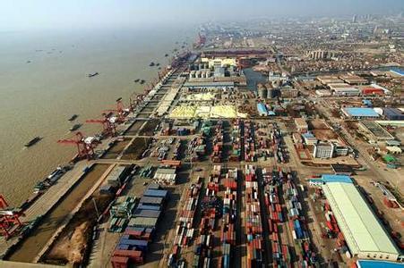 南通港:2013 货物吞吐量突破2亿吨